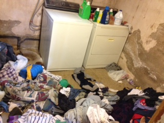 gross laundry room